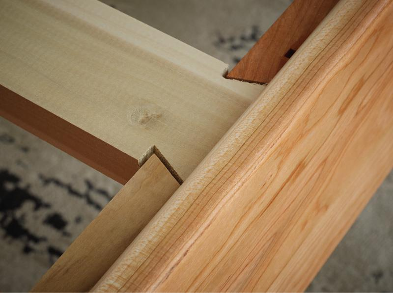 Drawer construction to show craftmanship and quality